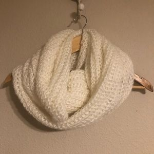 Cotton On  Scarf